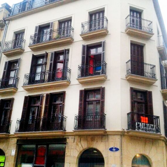 Rehabilitación de fachada en Calle Aldamar