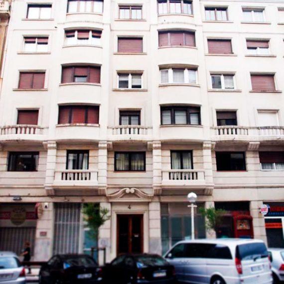 ITE en edificio de hormigón en Donostia-San Sebastián