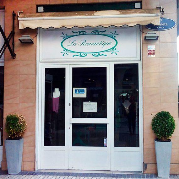 Licencia de actividad para tienda de ropa en Calle Zabaleta