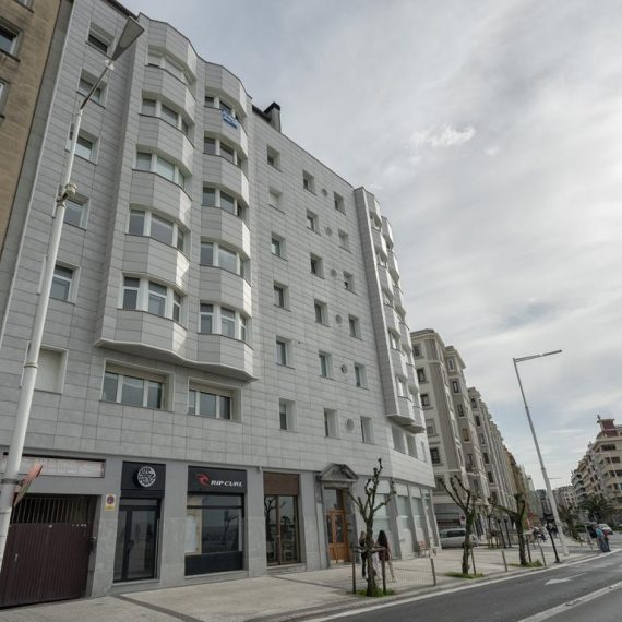 Fachada ventilada en Gros - Macla Arquitectos - Donostia-San Sebastián