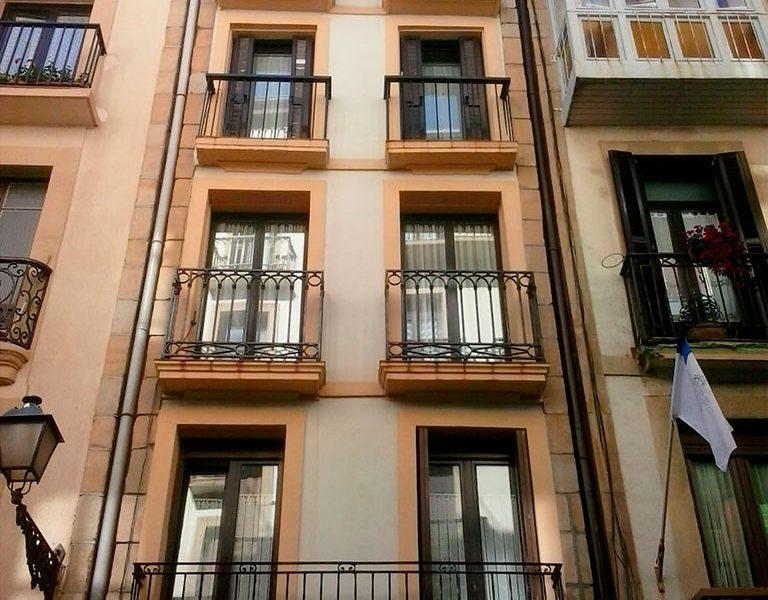 ITE en un edificio de madera de Calle 31 de Agosto en Donostia